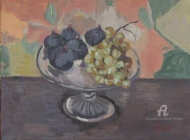Figues et raisins blancs dans un compotier